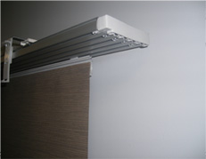 panel-glide1